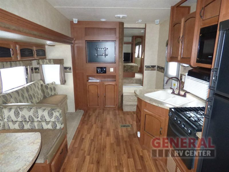 Used 2013 Forest River Rv Wildwood 26ddss Fifth Wheel At General