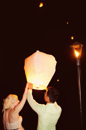 wedding lantern release, photo by tiedphotography.com