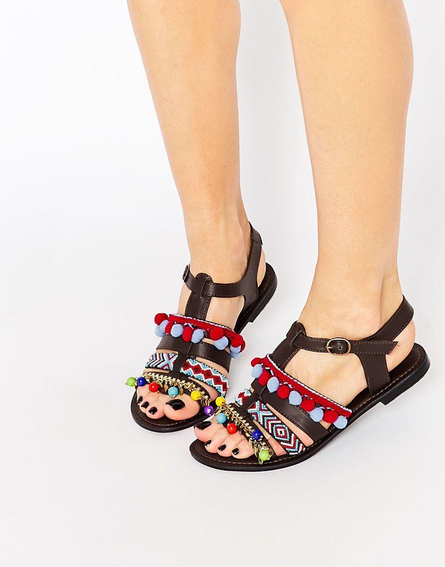 Imagen 1 de Sandalias bordadas con pompones de Glamorous