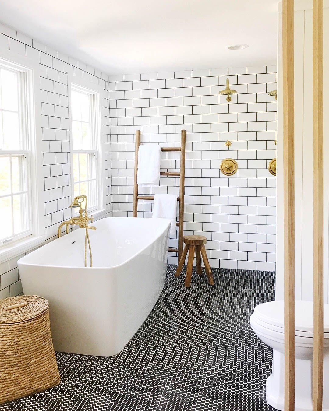 25 Amazing Subway Tile Bathroom Ideas Home Inspirations White Subway Tile Bathroom Penny Tiles Bathroom Bathroom Tile Designs