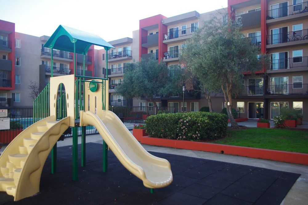 Plenty Of Fun Things To Do At Piedmont Apartments In Oakland California Piedmont Oakland Apartment Central Valley