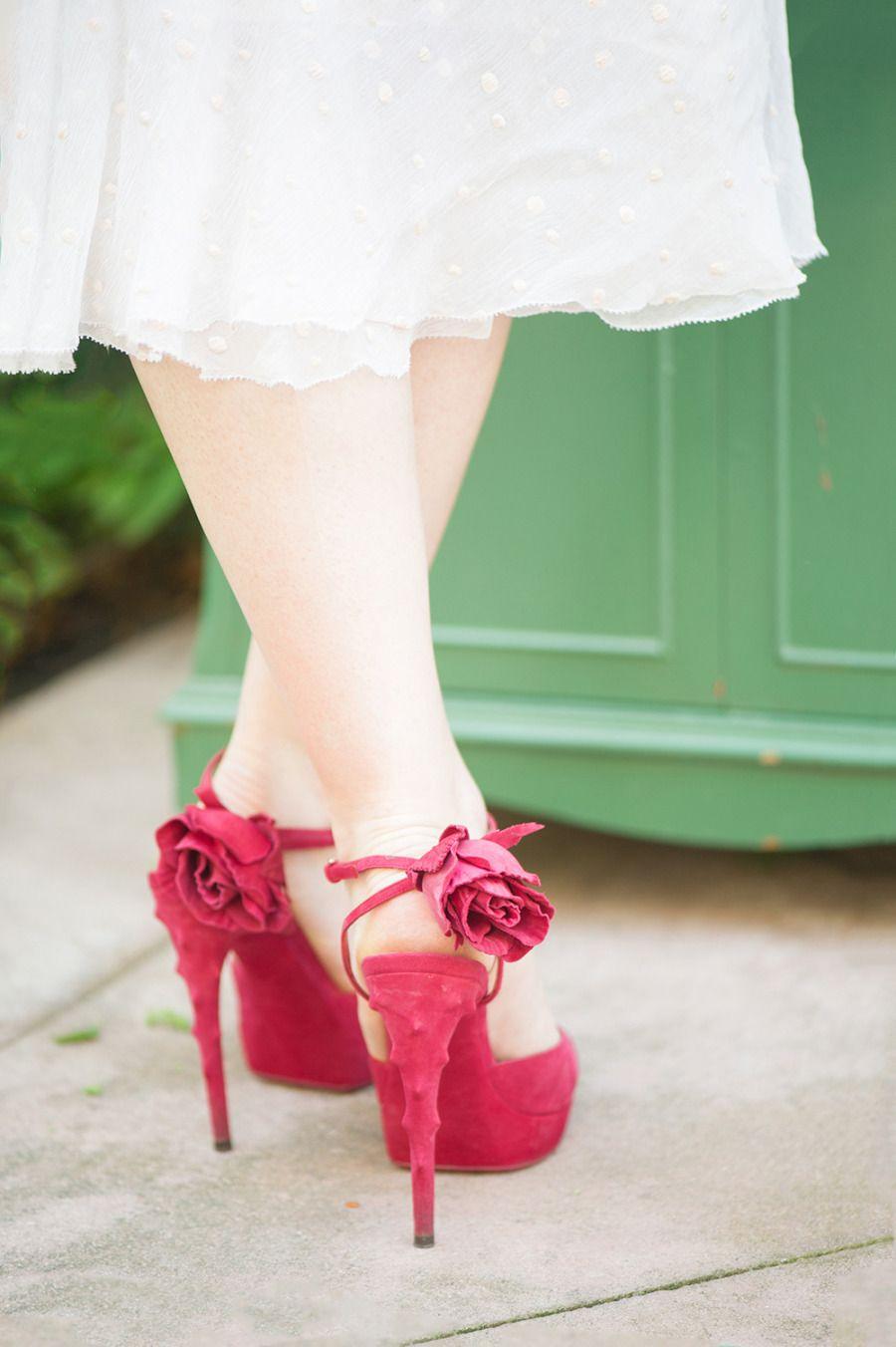 Bohemian Garden Wedding Inspiration #redshoes