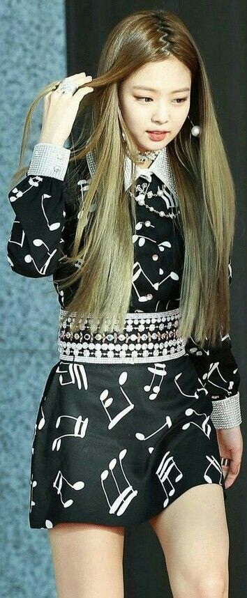 Blackpink Jennie She's so gorgeous *-* | Blackpink | Pinterest | Blackpink jennie, Blackpink and ...