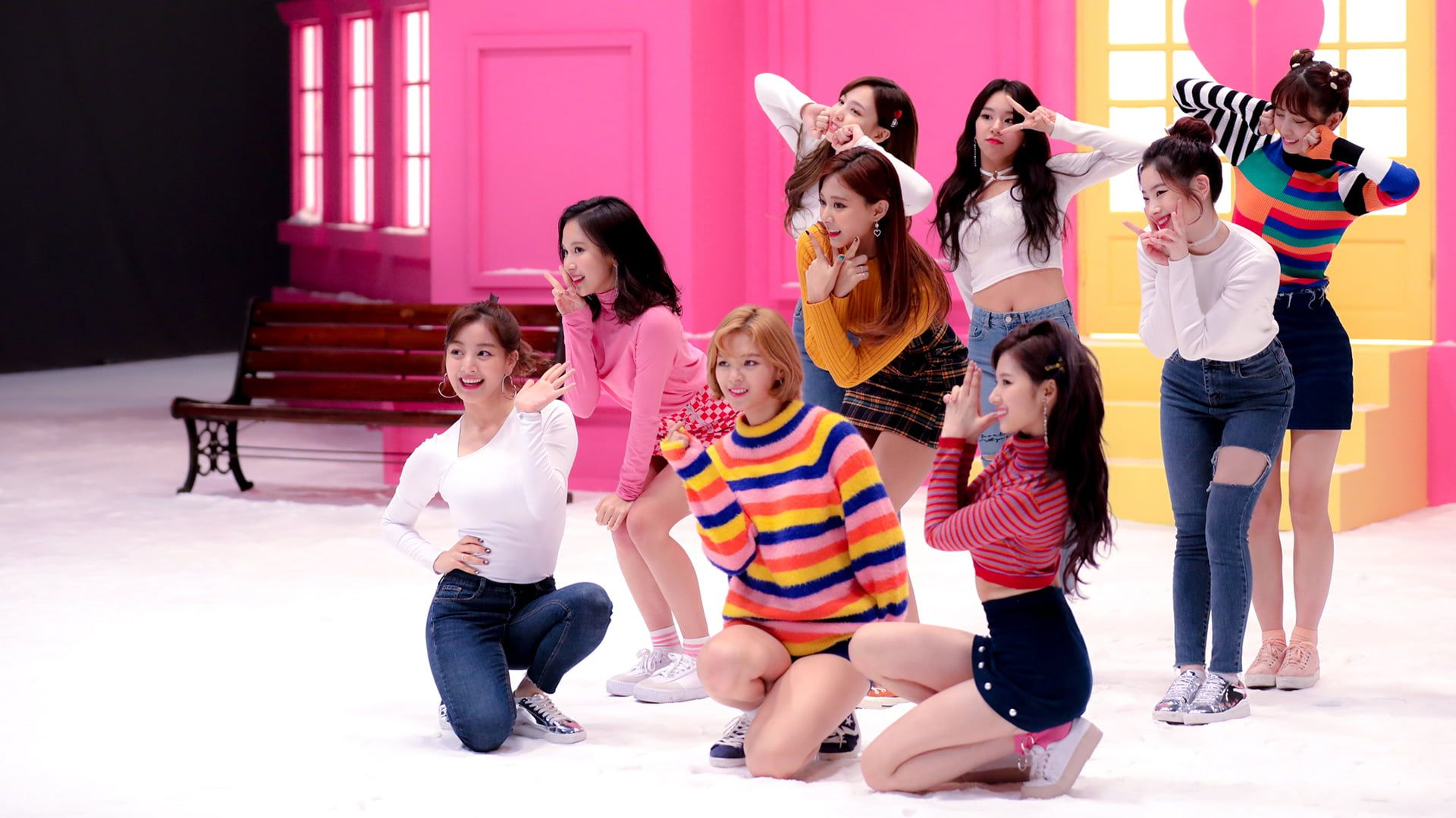 K Pop Twice Asian Group Of Women 1080p Wallpaper Hdwallpaper Desktop In 2020 Twice Kpop Girls Kpop