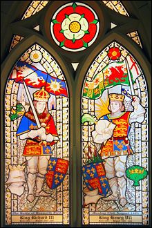 Stained glass windows commemorating the Battle of Bosworth