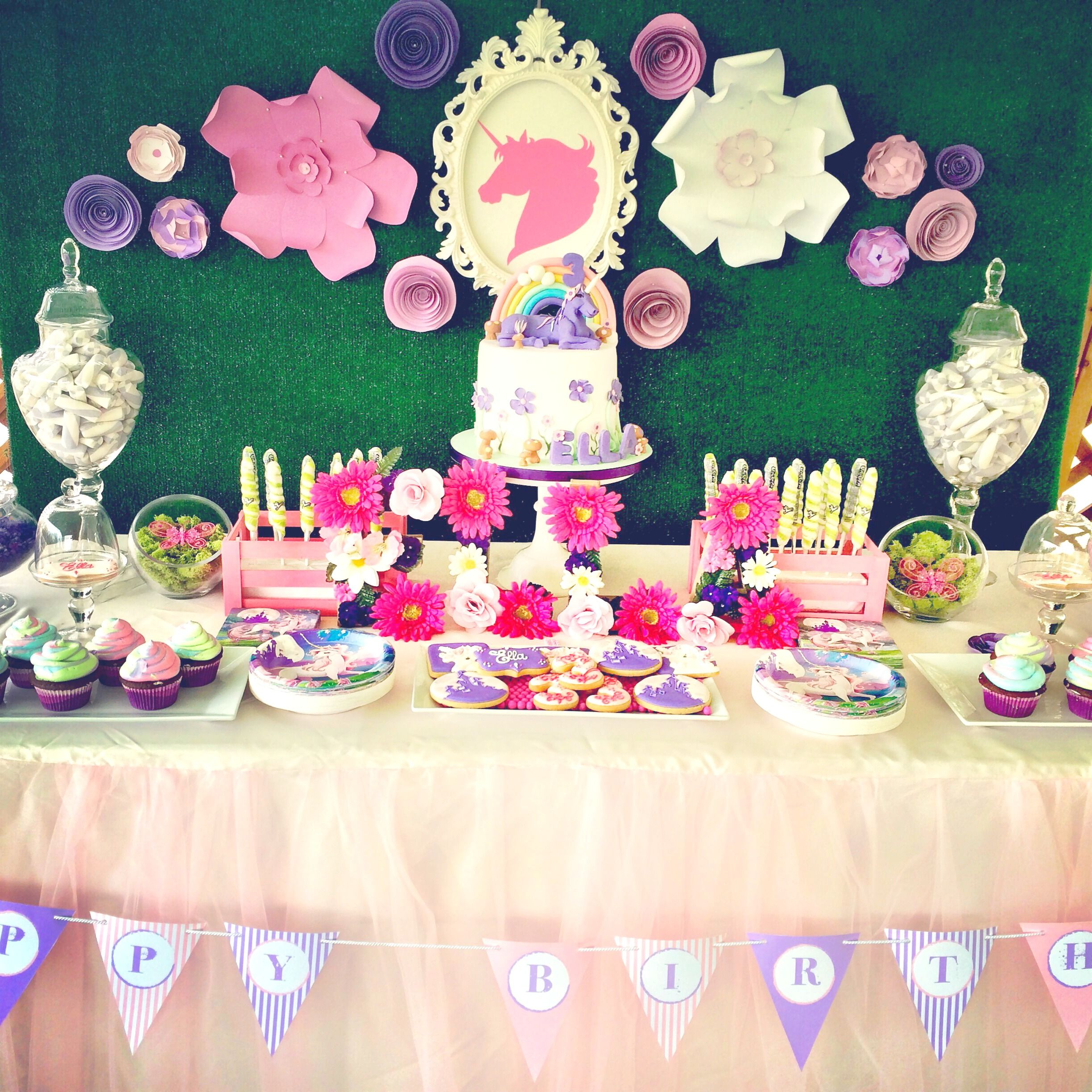 Sweet amp sparkly wedding candy buffet pictures to pin on pinterest - Unicorn Birthday Party Candy Buffet
