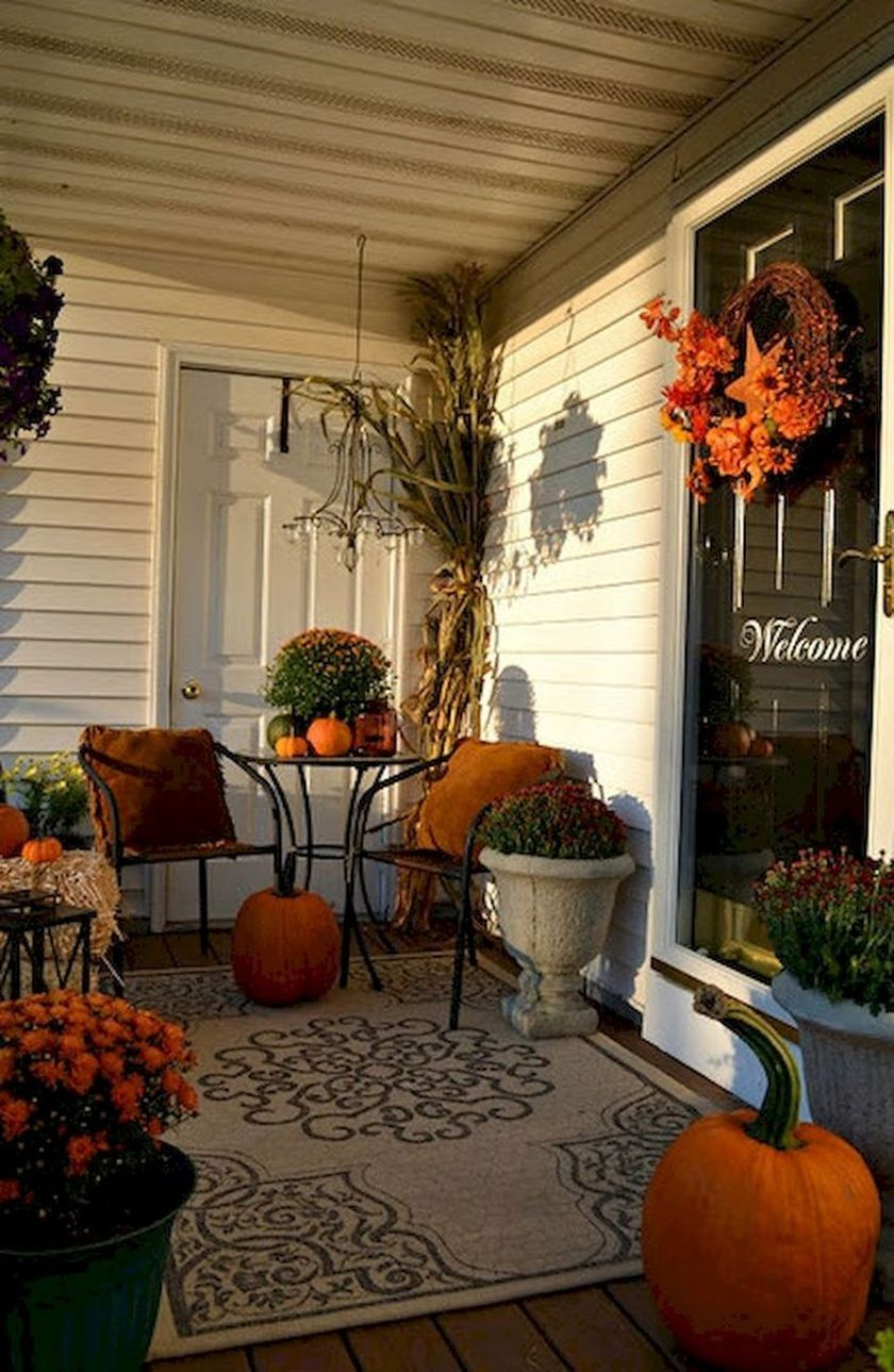 35 Beautiful Fall Decorating Ideas For Small Terrace Decorhit Com Fall Decorations Porch Autumn Decorating Porch Decorating