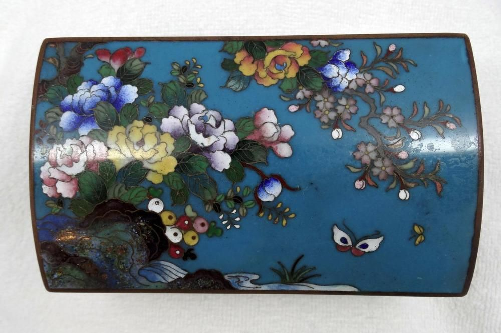 Fine Antique Chinese Cloisonne Enamel Floral & Butterfly Hinged Box