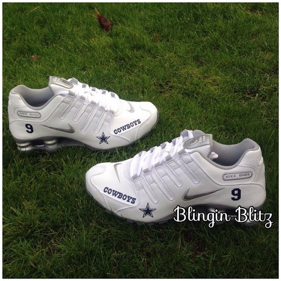 buy online 390bd a367f Womens Dallas Cowboys Nike Shox