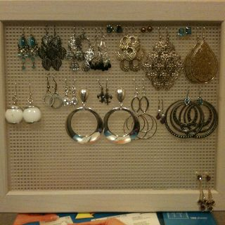 Earring display/organizer