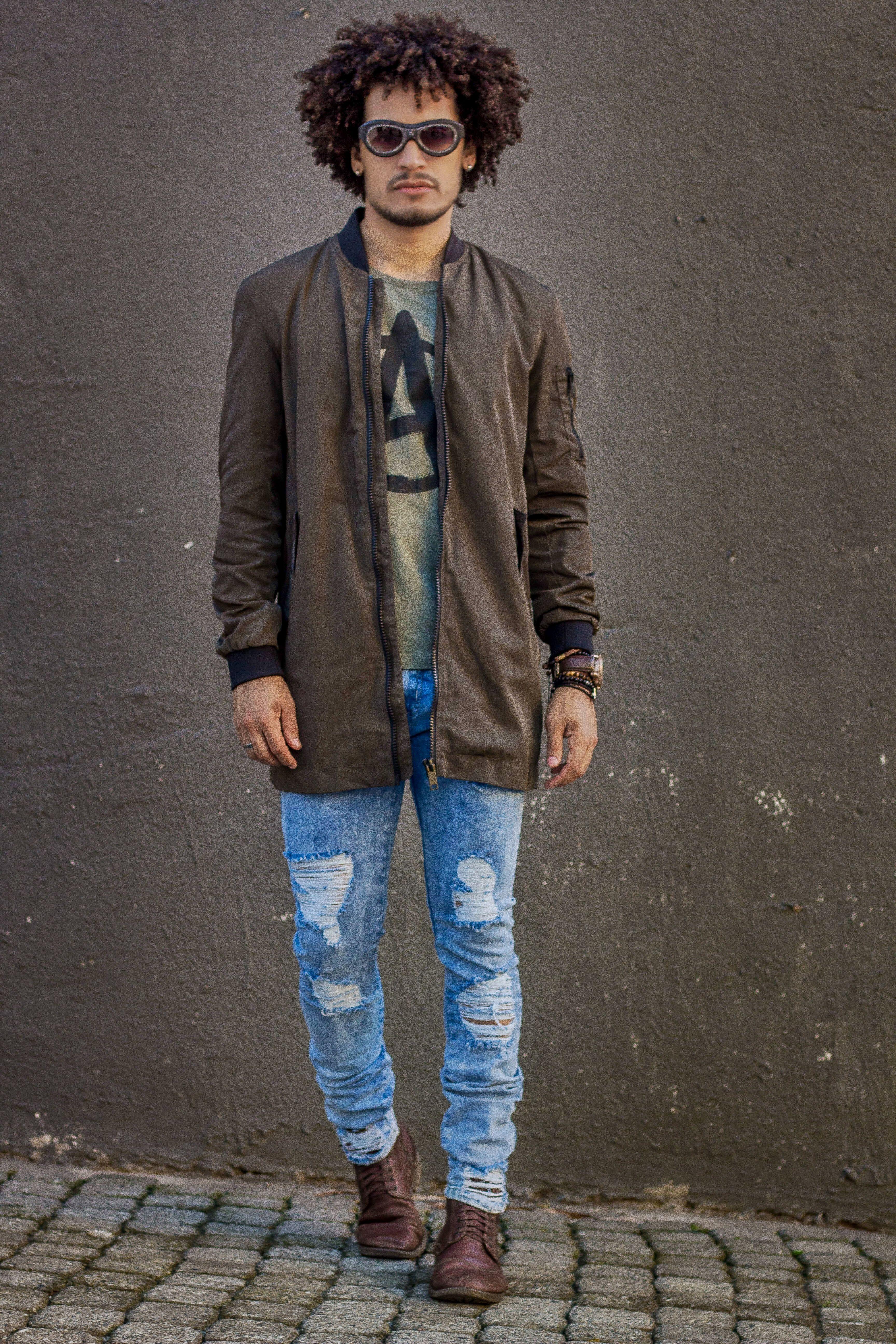 00ca0d985 Look Masculino - Jaqueta masculina verde Militar Riachuelo - Jeans Detonado  Masculino - Coturno Masculino - Street Style - Look Inverno - Men Style -  Winter ...