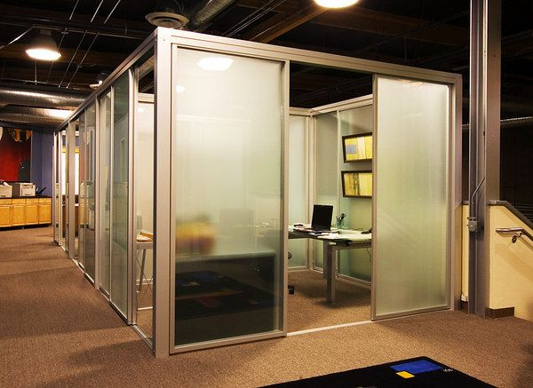 Superior Portable Steel Offices With Sliding Doors That Close. For VPu0027s With Last  Names Beginning With U0027Mu0027 And End With U0027ullenu0027.