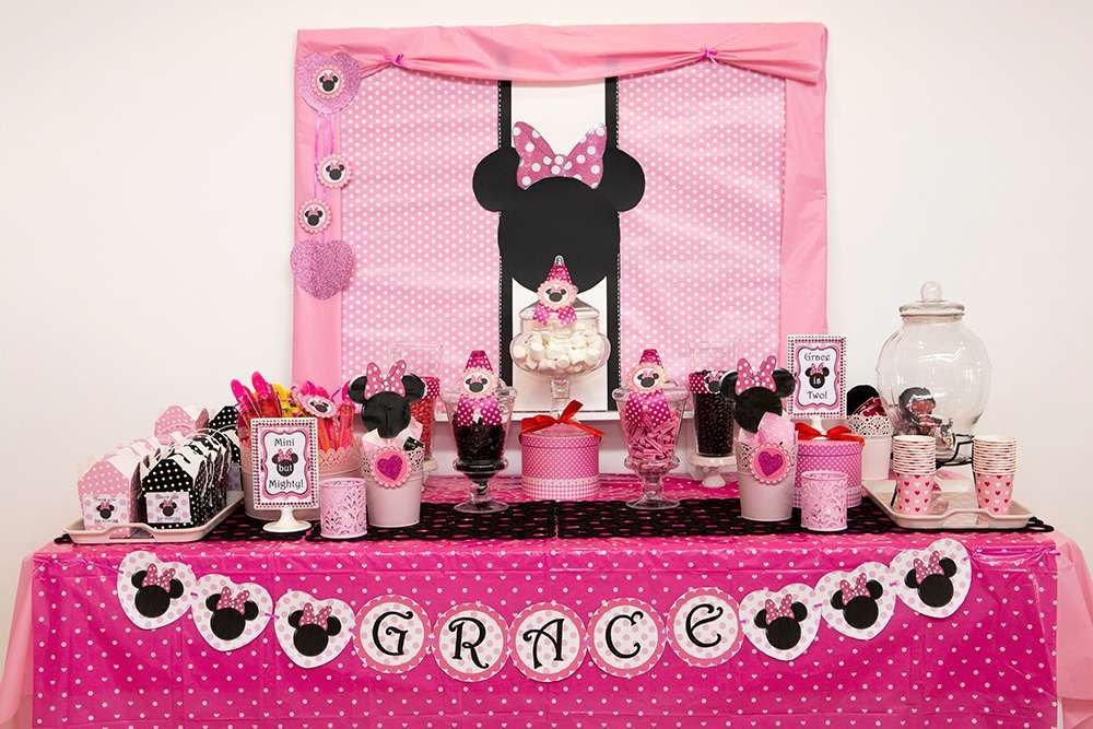 Minnie Mouse Birthday Party Ideas Photo 1 Of 24 Minnie Mouse Birthday Party Decorations Minnie Mouse Decorations Minnie Birthday Party