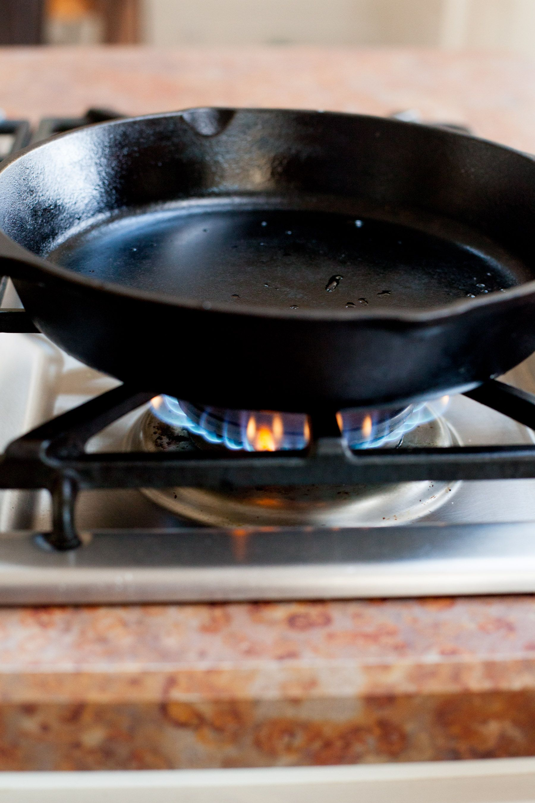Cast Iron Skillet Use On Gl Top Stove Read More Info By Clicking The Link Image Electricskillets