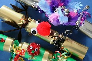 Diy christmas crackers fill your own christmas crackers make your diy christmas crackers fill your own christmas crackers make your own cracker crafts solutioingenieria Images