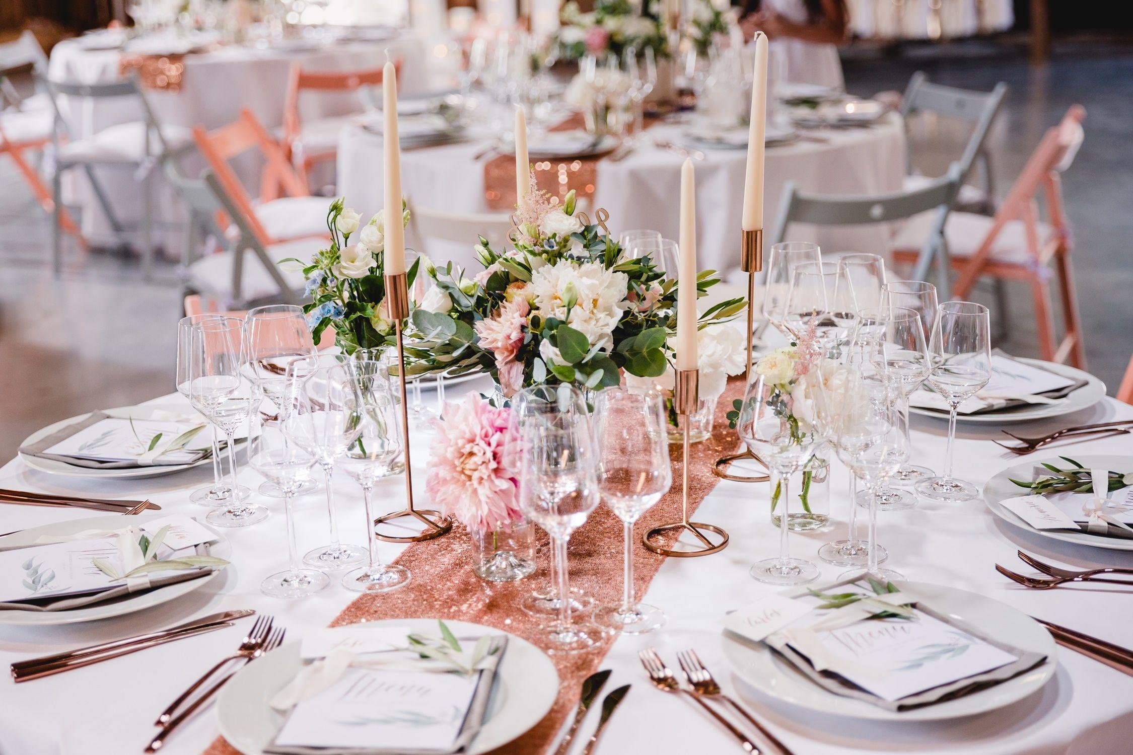 Hochzeitstorten_suess_und_salzig_scheunenhochzeit rosegold kupfer kupfer