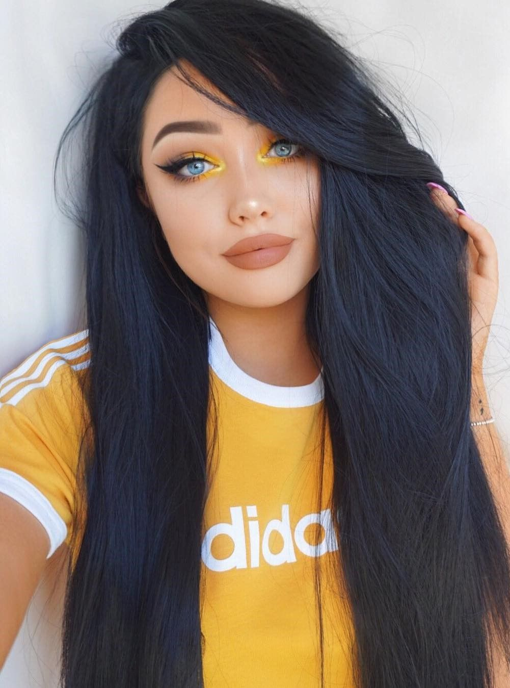 46 Amazing Makeup Looks To Try With Images Yellow Makeup