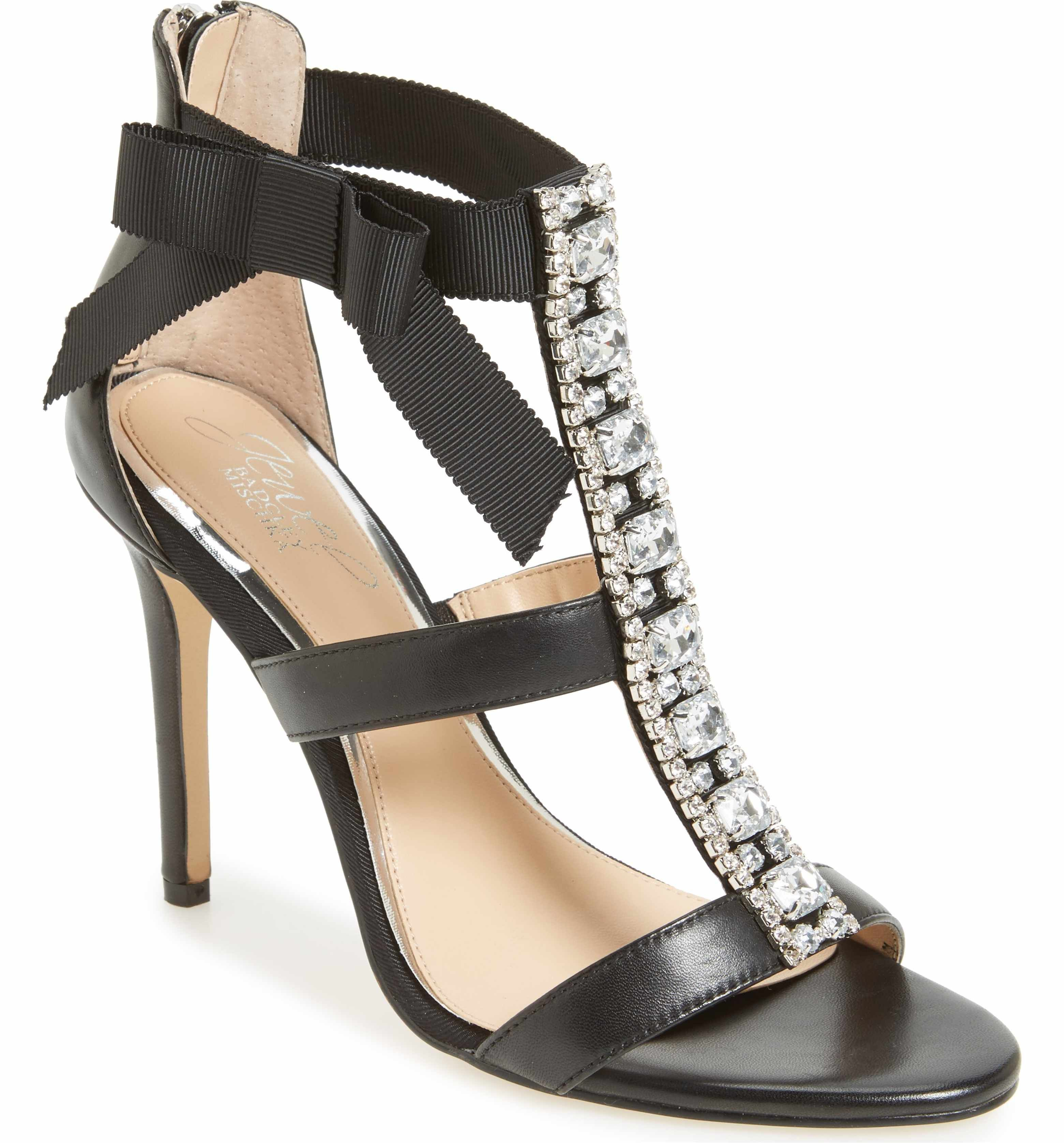 Badgley Mischka Women's Henderson Embellished Bow Sandal 63jqJP7