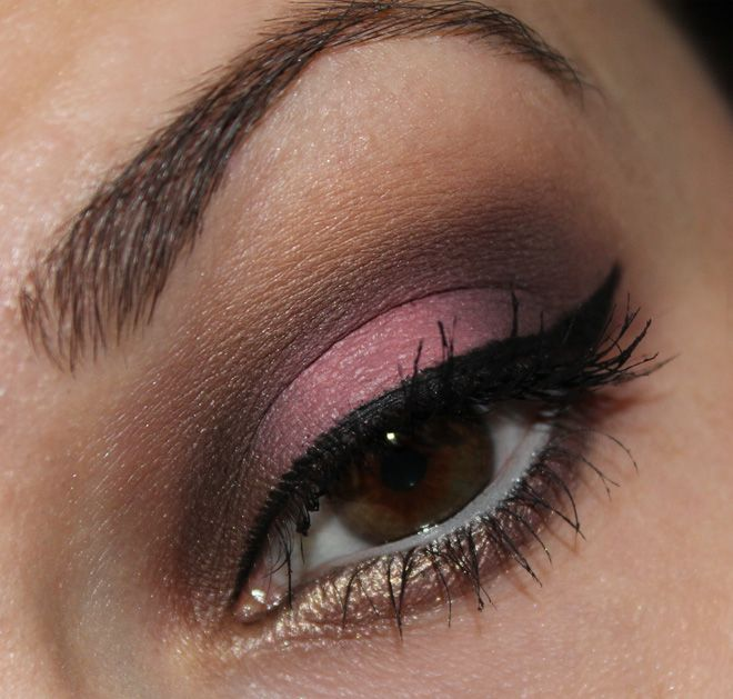 Sleek Oh So Special Palette http://www.talasia.de/2014/12/03/sultry-thursday-sleek-oh-so-special-palette/