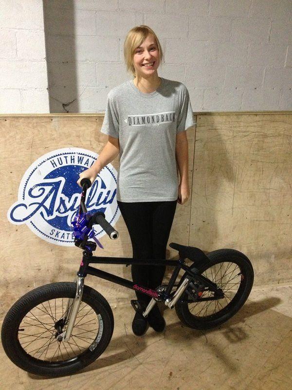Femelle Freestyle Bmx Riders Images