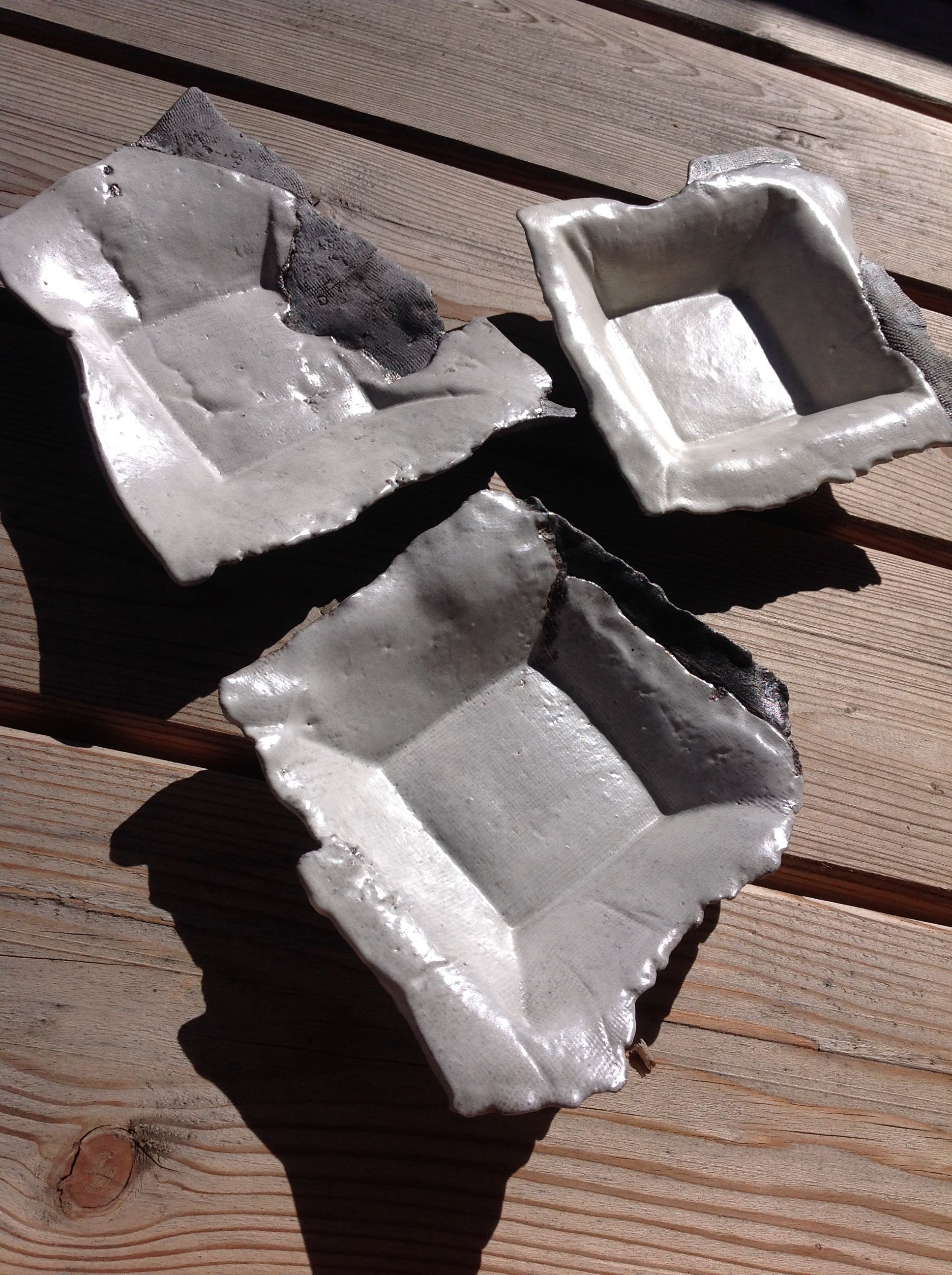 Ceramics Pottery / small plates / white gray / Texture / by Ice Grey (Tokyo)