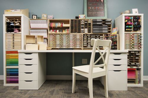 paper holder for ikea craft room pinterest meuble couture decoration sous sol et atelier. Black Bedroom Furniture Sets. Home Design Ideas