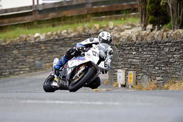 michael dunlop and bmw s1000rr triumphant in the senior tt on the