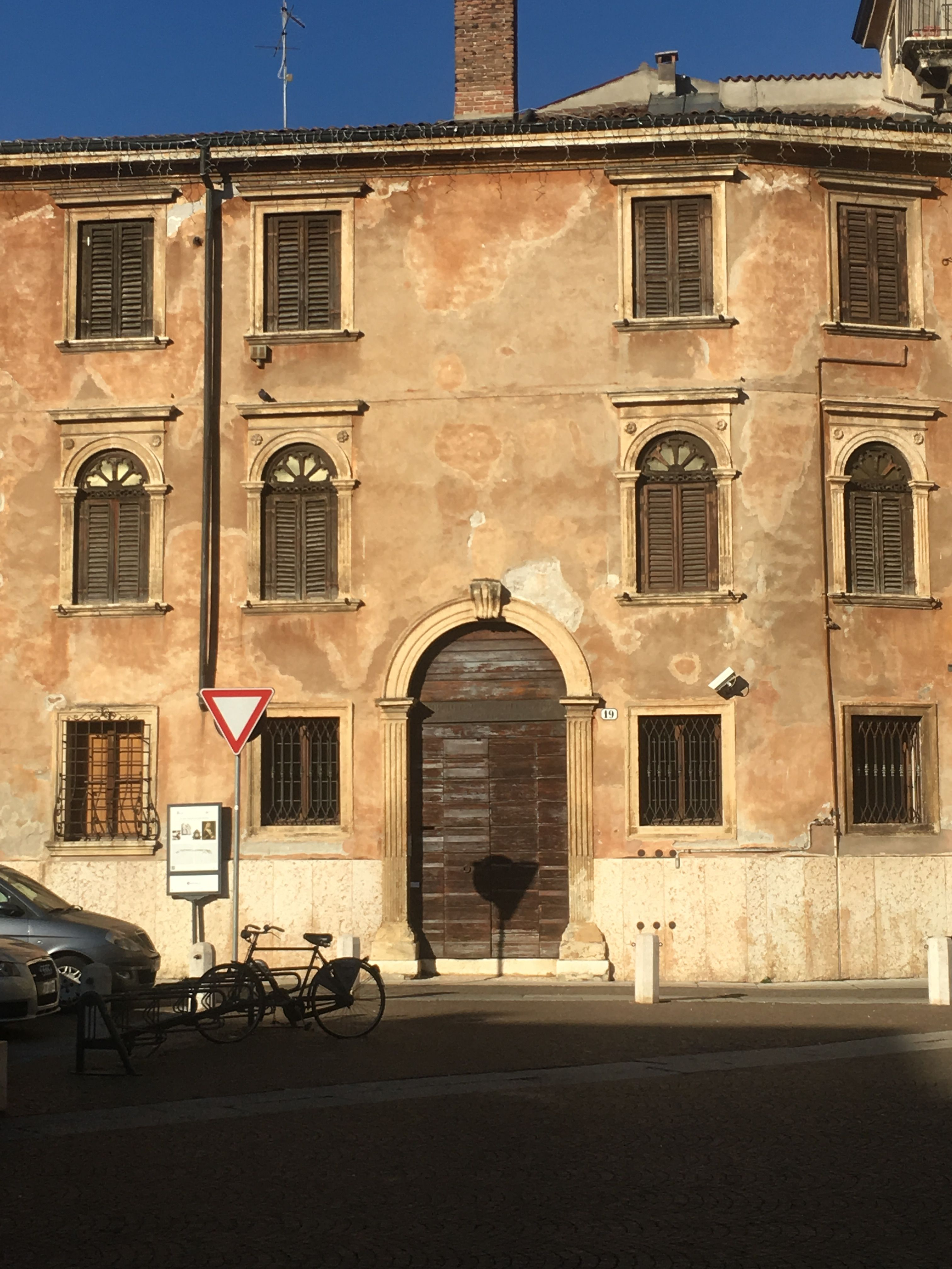 Verona, architecture