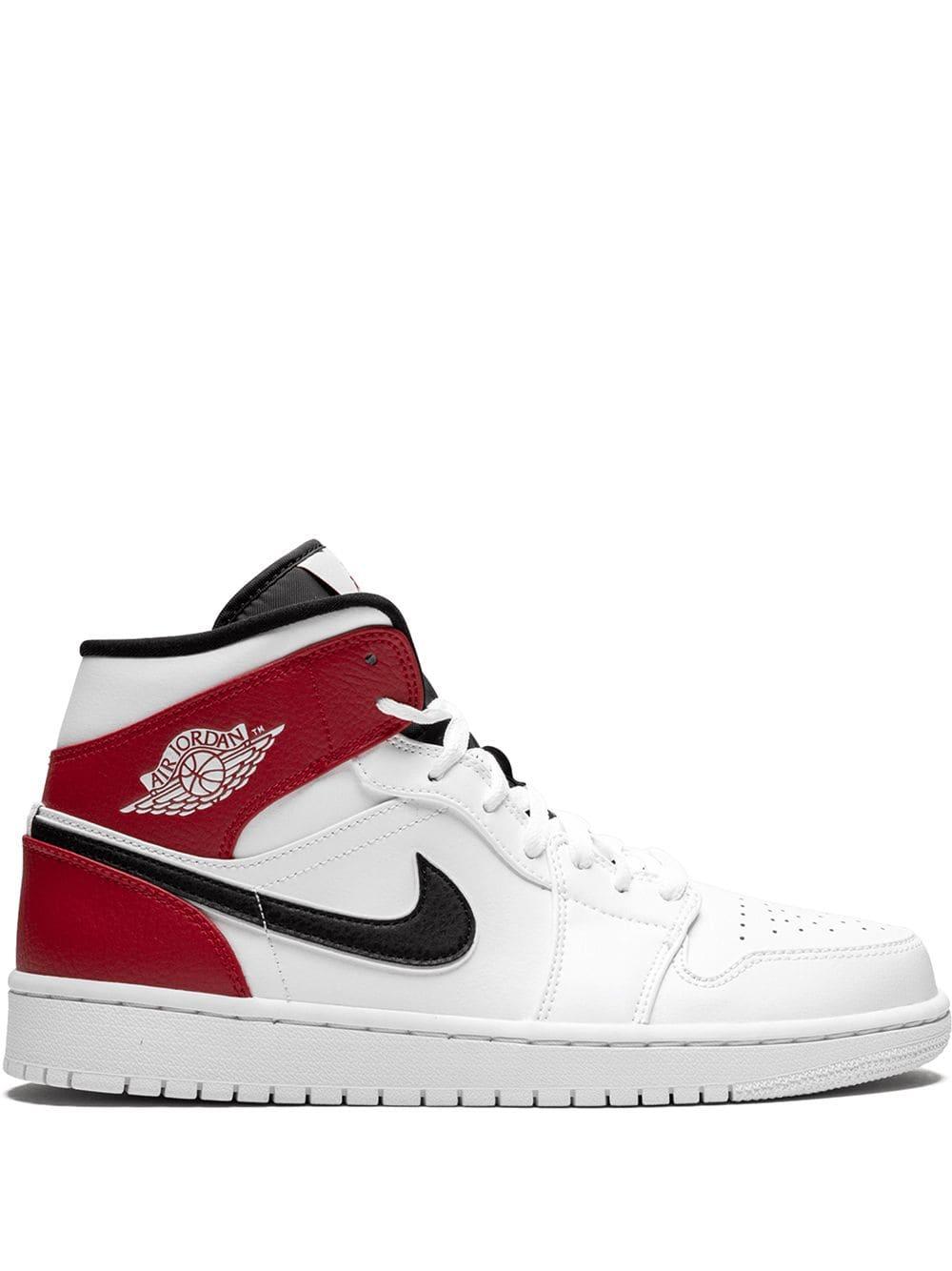 Jordan 1 Mid Sneakers In White/black