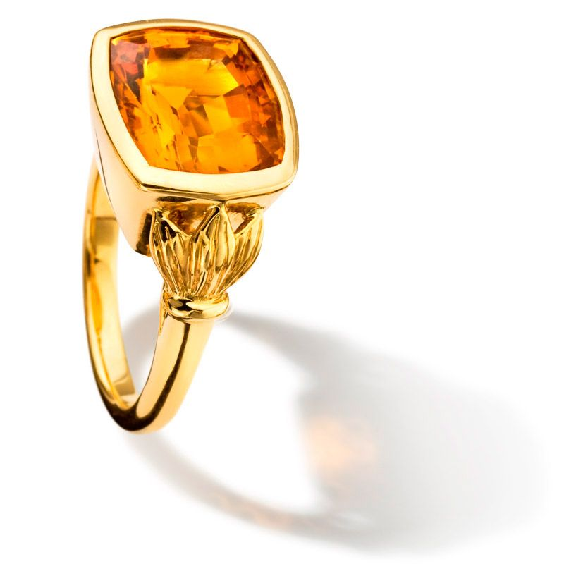 Lal Quila yellow gold ring set with citrine