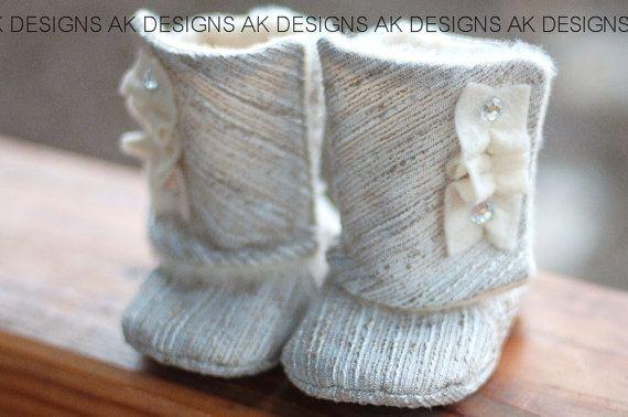 AK DESIGNS Elegant Baby Shoes  Little Emmy by yuriyolga on Etsy, $24.99  OH HOW I WANT THESE!