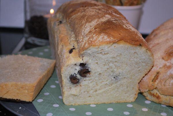 Gresk brød med hvitløk og oliven