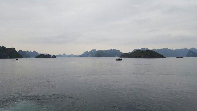 Halong Bay / Vietnam