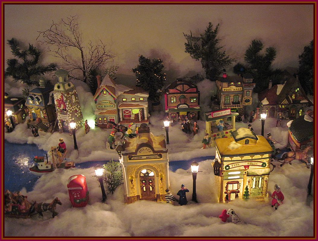 WhitmanVille   Christmas Village 2015