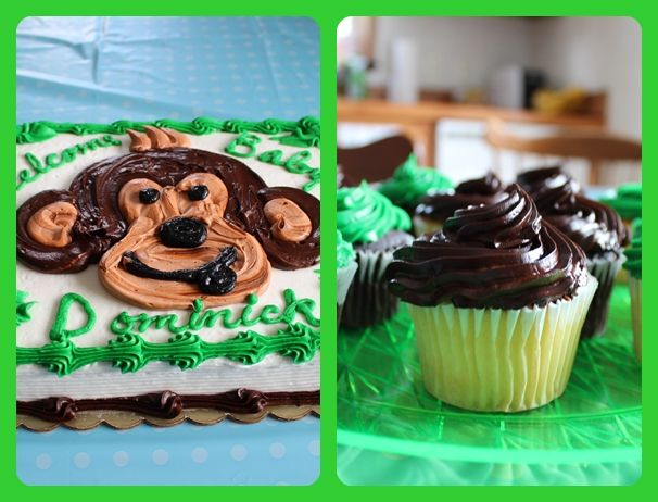 Delish Cake and cupcakes mmmm!