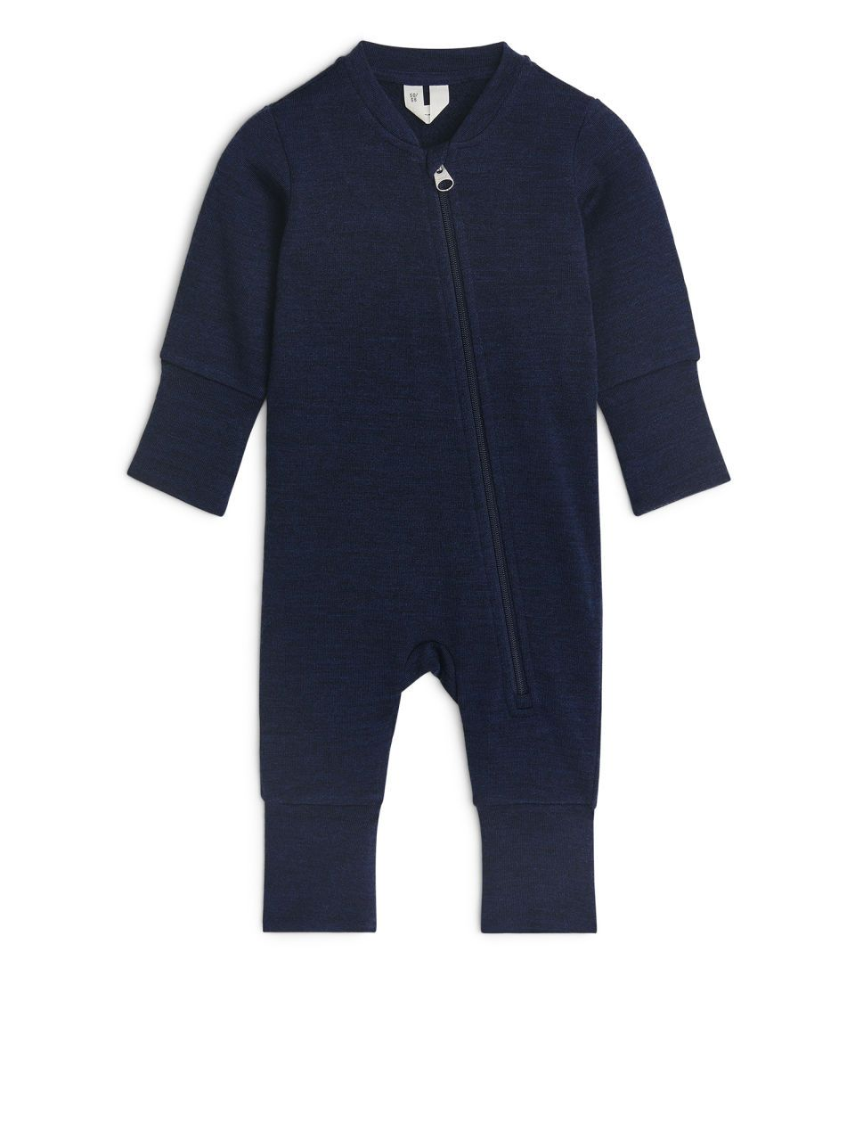 4b2f9cdf8 Made of a lightweight French Terry fabric in soft merino wool