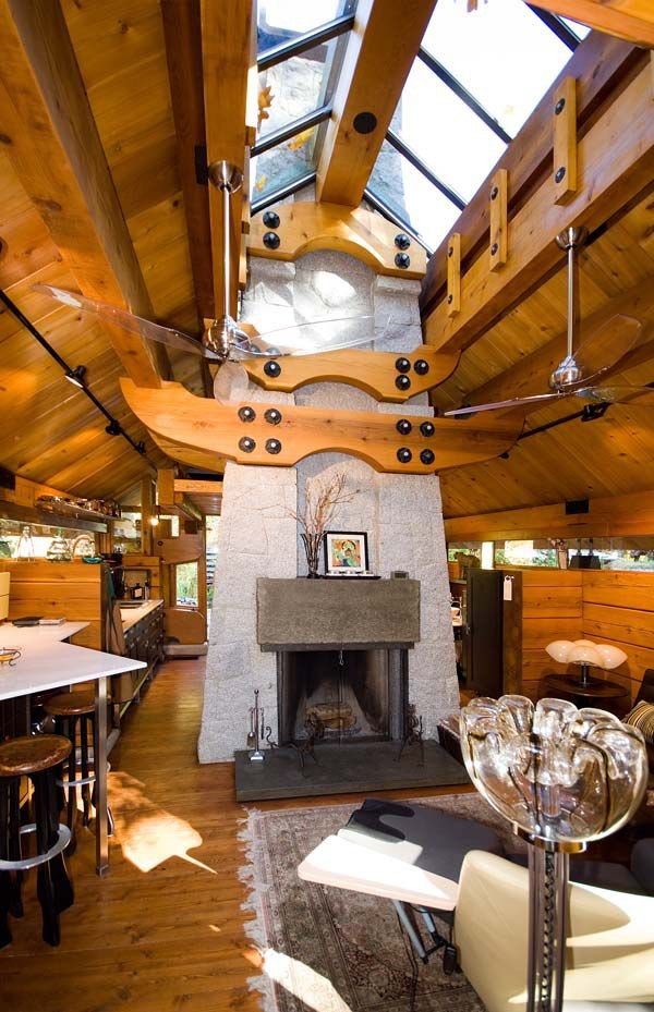 This Gorgeous 400 Ft Cabin Has An Amazing Windowed Ceiling