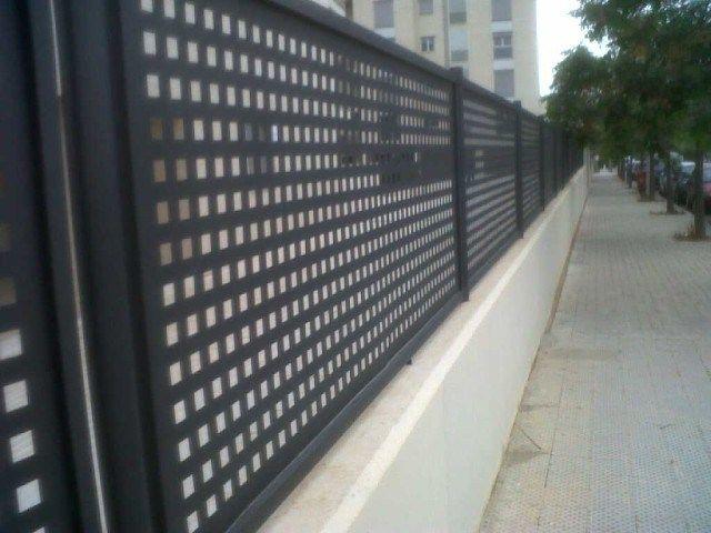 Projetamos Produzimos E Instalamos Portas E Portoes Basculantes E
