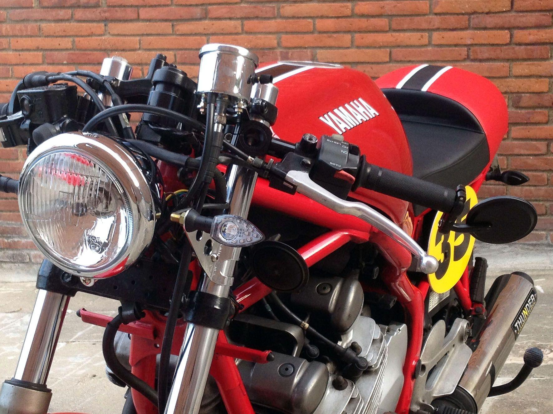 yamaha diversion cafe racer diversion 600 moto. Black Bedroom Furniture Sets. Home Design Ideas