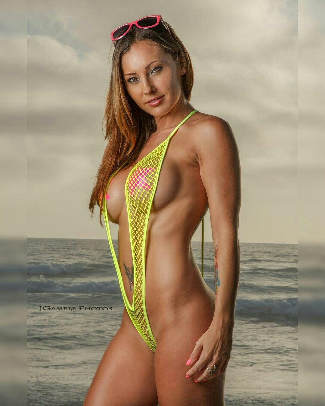 Hot nude slingshot bikini girls — img 3
