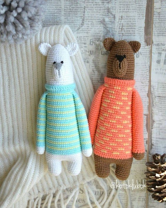 Amigurumi bear in sweater #crochetbear