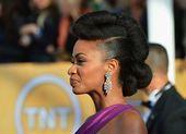 Actress Teyonah Parris Rocks a Fierce Pompadour Updo on the SAG Red Carpet! | 5370