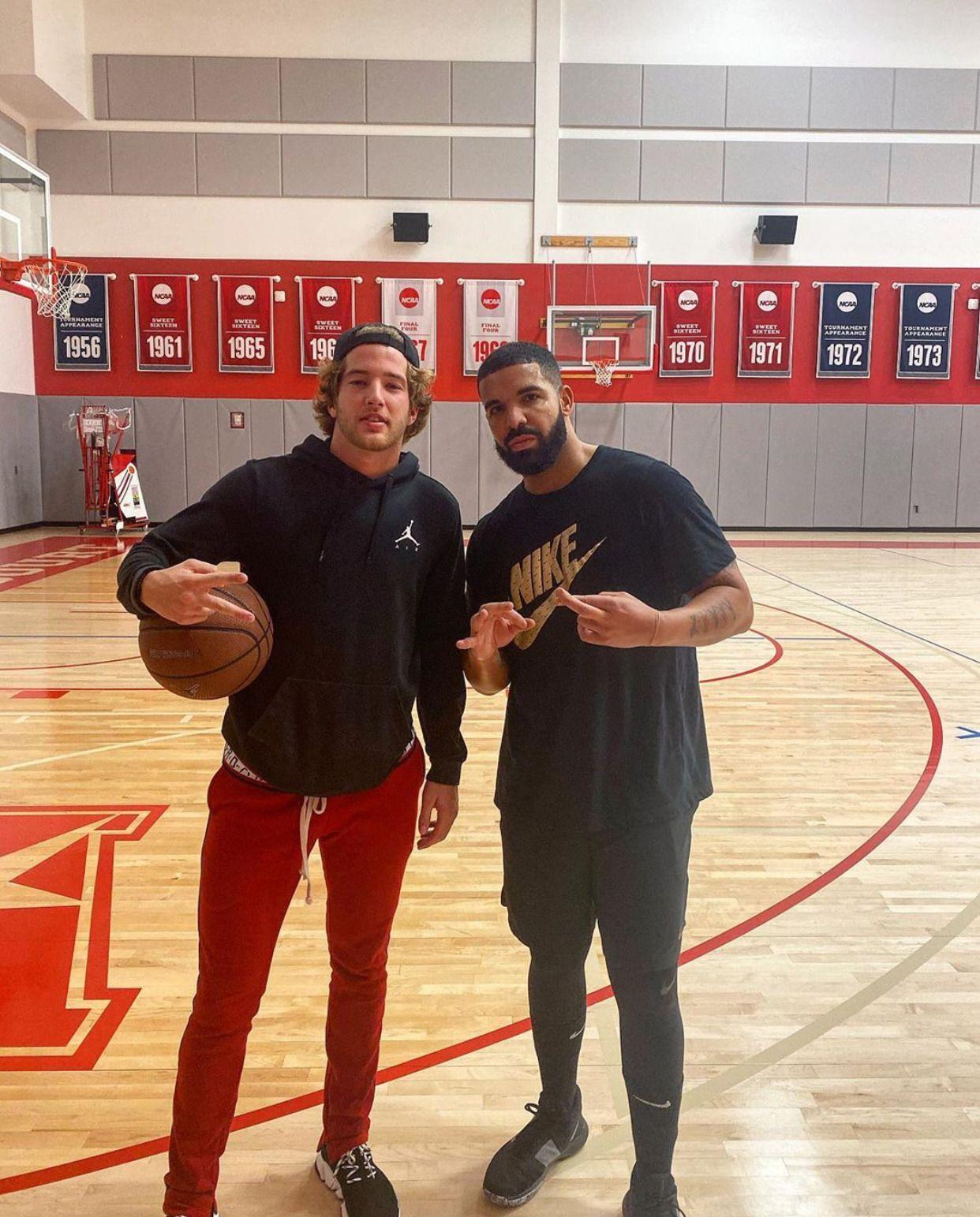 1991 Diamond Aries Aubrey drake, Basketball court, Drake