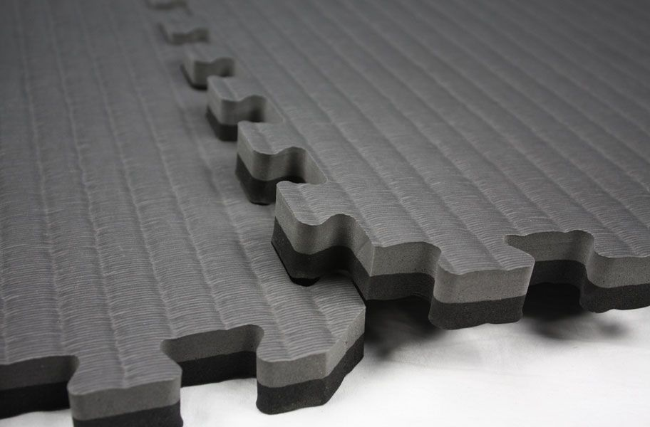 "Interlocking Tatami Tiles at 7/8"" thickness  I Durable  I  Black/Grey or Red/Blue  I  Foam Tatami Floor Mats"