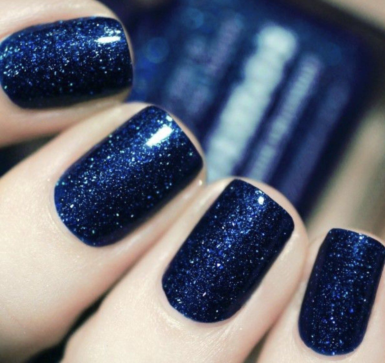 Fall Nail Trends | Flipping and Fur