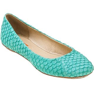 Could be the year of the turquoise shoes!!