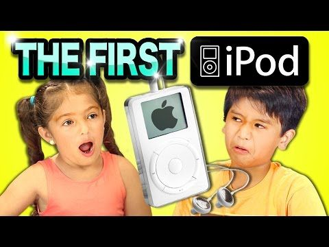 Kids React To Seeing the 1st Generation iPod (2001