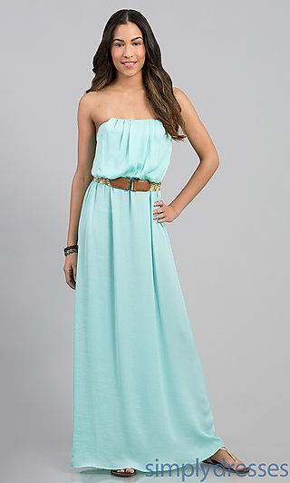 ff5bdd7623e I love that this is strapless. Makes the dress feel more free. I so ...