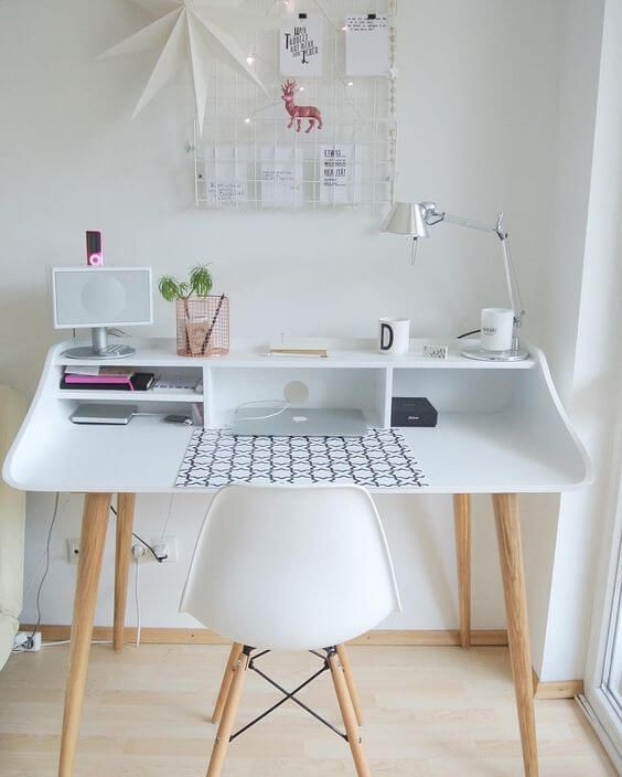 25+ Small Home Office Ideas For Men & Women (Space Saving Layout)