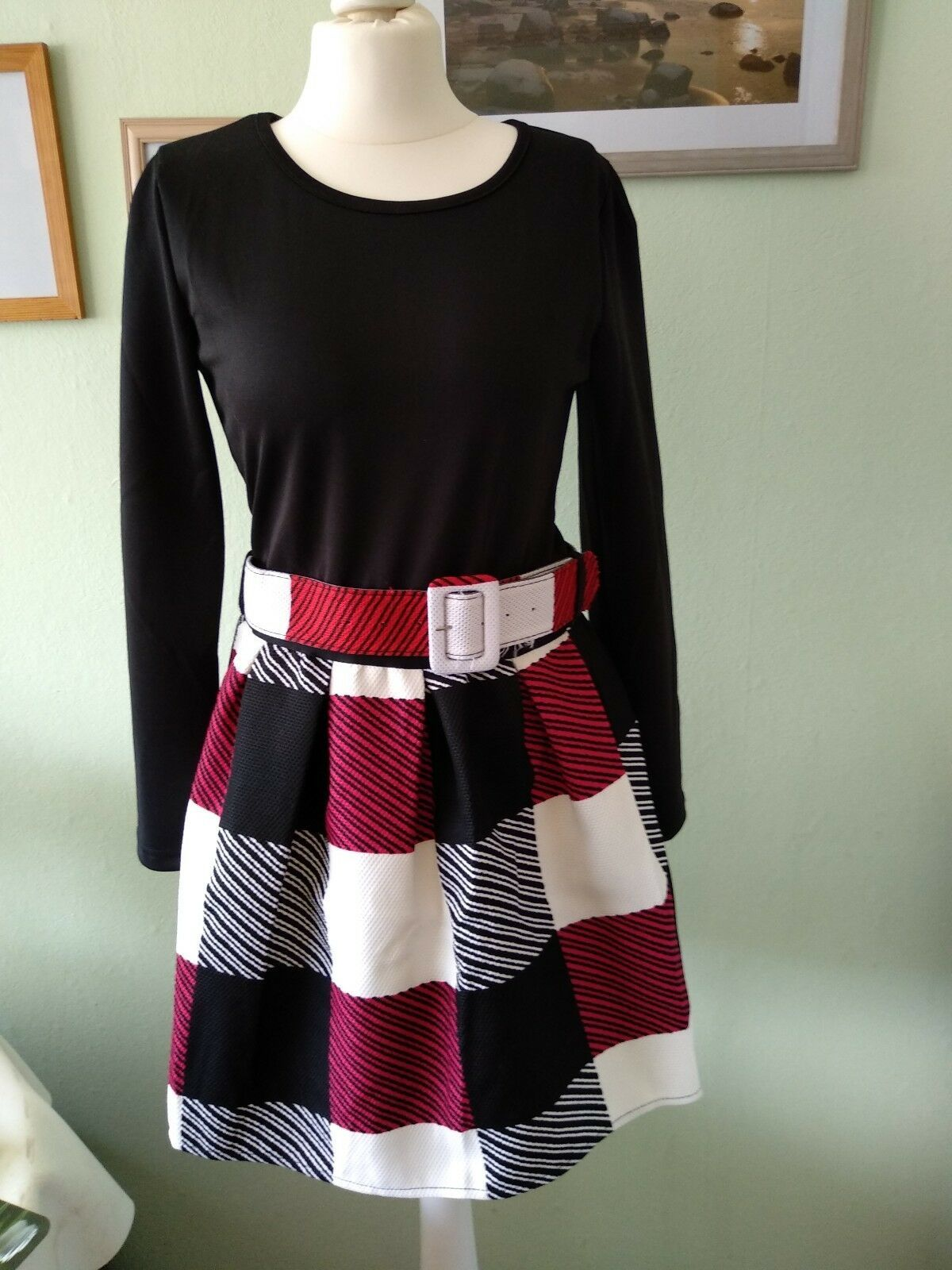Kleid von Money, Gr. 34, schwarz/rot/weiß, neu ohne ...